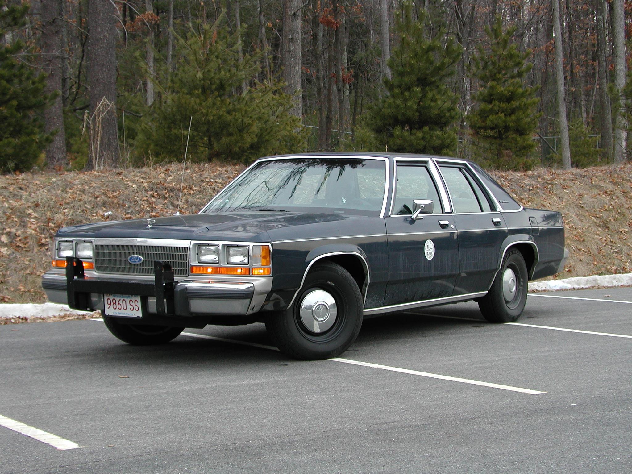 Request] 1988-1991 Ford LTD Crown Victoria Police Interceptor w/ ELS ...
